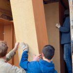 Загрузка мебели в газель для переезда